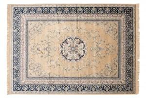 Dywan tradycyjny Isphahan 77919/50 WZORY ORIENTALNE DO SALONU kremowy